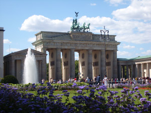 travelxsite berlin walking tour government quarter