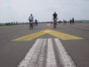 travelxsite berlin bikie tour tempelhof runway