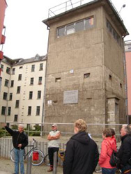 travelxsite berlin bike tour wall watchtower