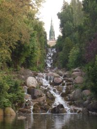 travelxsite berlin bus tour waterfall.jpg