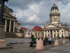 travelxsite berlin walking tour cosmopolitan gendarmenmarkt