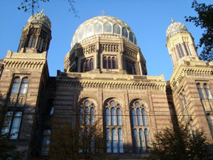 travelxsite berlin walking tour scheunenviertel synagogue.jpg