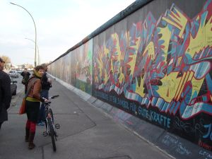 travelxsite berlin radtour berliner mauer east side gallery